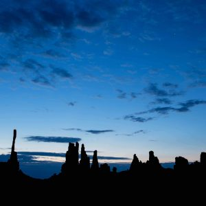 Silhouette, Najao, Monument Valley, Three sisters, totem, Mesa